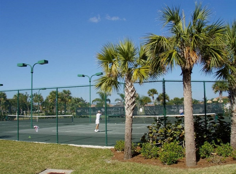 Bridgewater Bay Tennis Courts