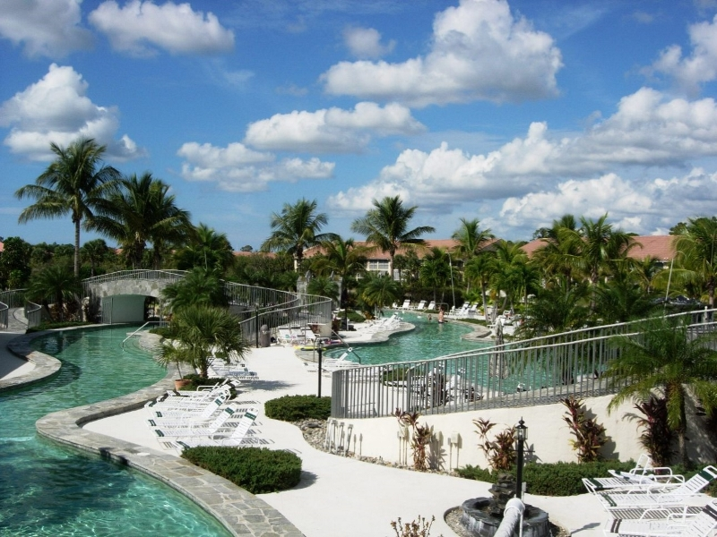 Falling Waters Beach Resort Lazy River Pool