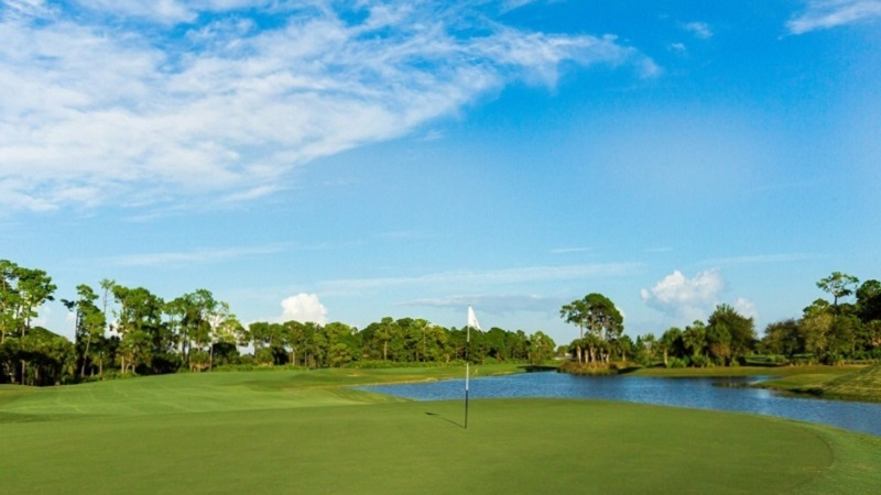 Golf Course Directory - Naples Grande Golf Club