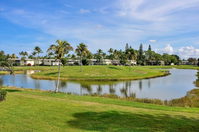 The Glades Golf View