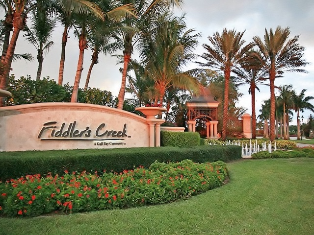 Fiddler's Creek Entry Way
