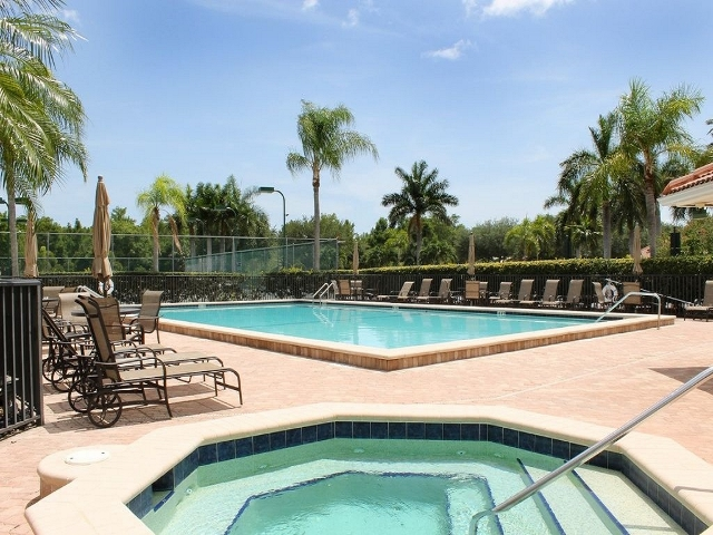 Glen Eagle Country Club Pool and Spa, Naples FL
