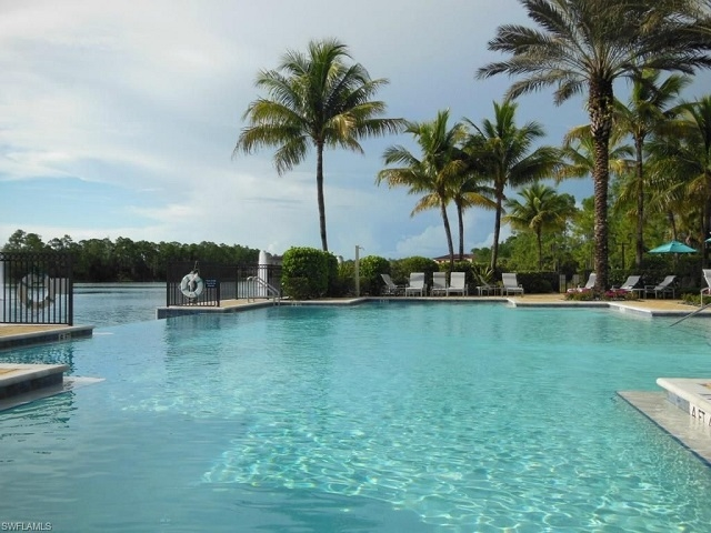 Tarpon Bay Infinity Edge Pool