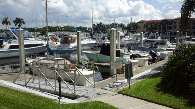 River Point Marina in Royal Harbor